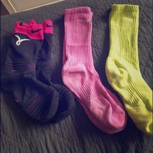 3 pairs of Nike socks